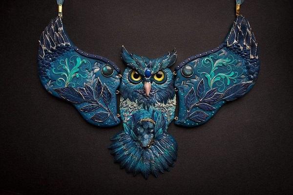 نمونهای از جواهرات فراواقعی الن روکوکو
