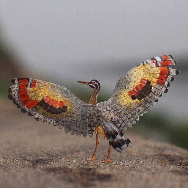 تصویری از پرنده های مینیاتوری هنرمندان هندی