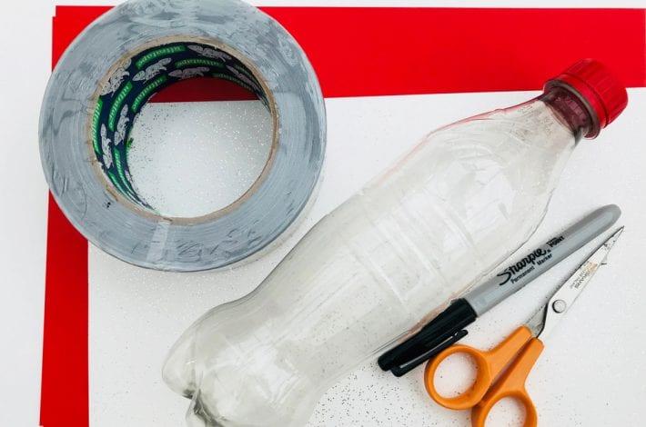 وسایل لازم برای ساخت هواپیما با بطری نوشابه :