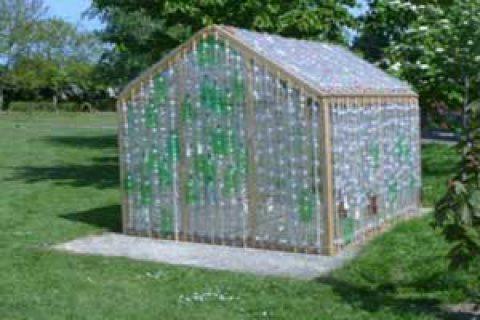 کاردستی گلخانه ای با بطری های پلاستیکی